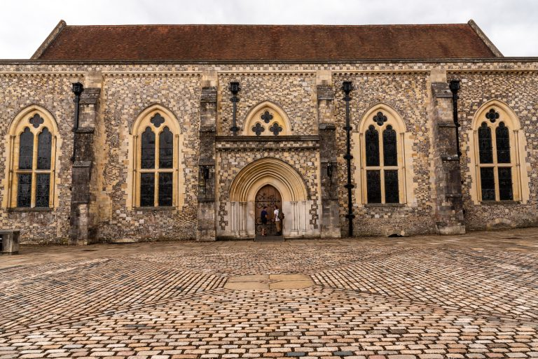 Joe benning photography travel photo blog - Round table winchester cathedral ...